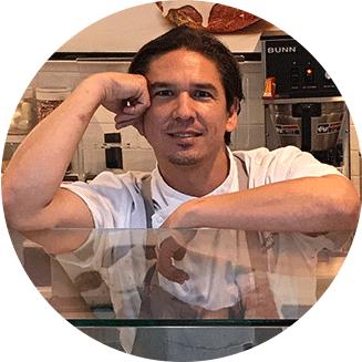 chef Max Santiago